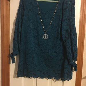 JM Collection teal lace top. Size large.